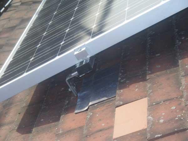 Close-up-of-Solar-Panel-Bracket