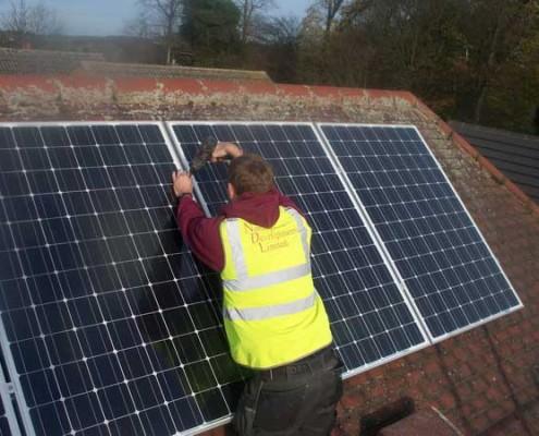 Solar-Panel-Engineer-from-Nottingham-Developments-Installing-Renewable-Energy