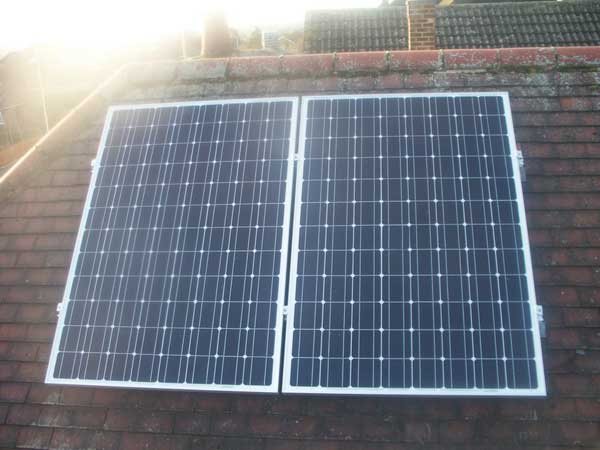 Twin-Solar-Photovoltaic-Panels